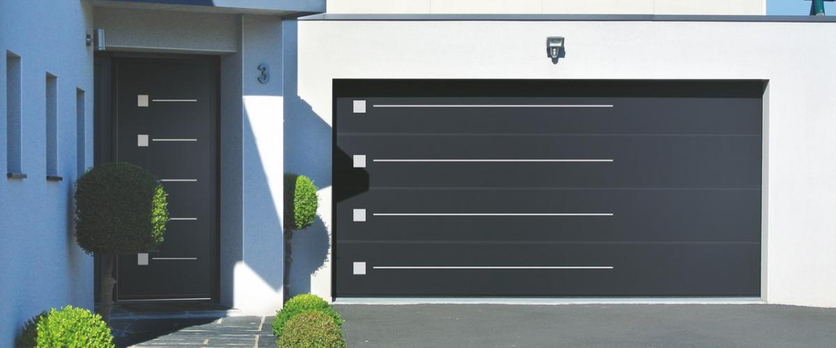 Découvrez notre sélection de portes de garage disponible chez Hauteur Largeur aux portes de Nantes (44) Loire Atlantique